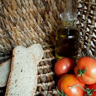 pan mallorquin y tomates ramallet